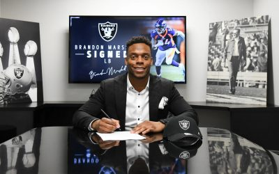 Raiders sign linebacker Brandon Marshall